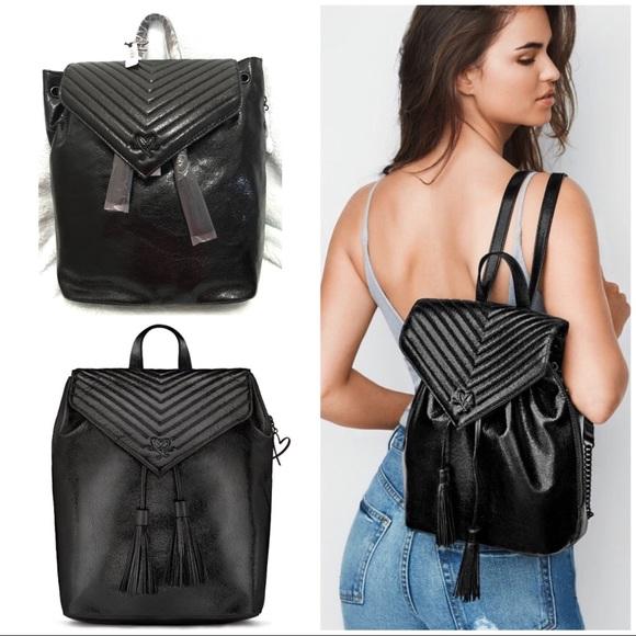 977e41af8f0dd 🔥 V-Quilt Metallic Backpack 🎒